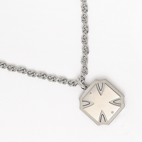 Malta Cross Neckalace in Stainless Steel