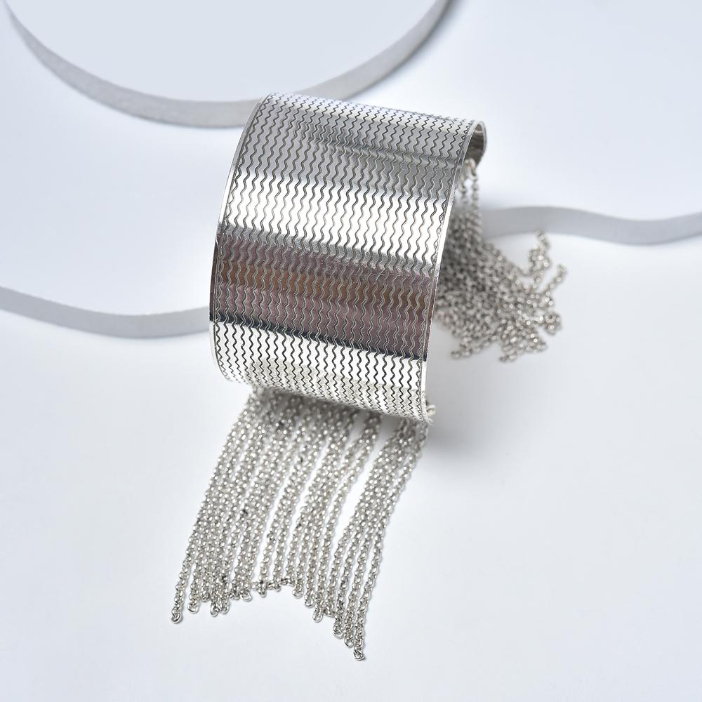 Cuff Bracelet in Aged White Gold Plated with Chains Rain