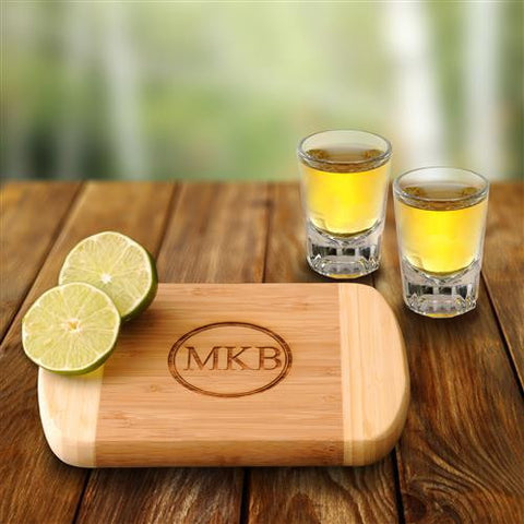 bamboo bar board w 2 shot glasses