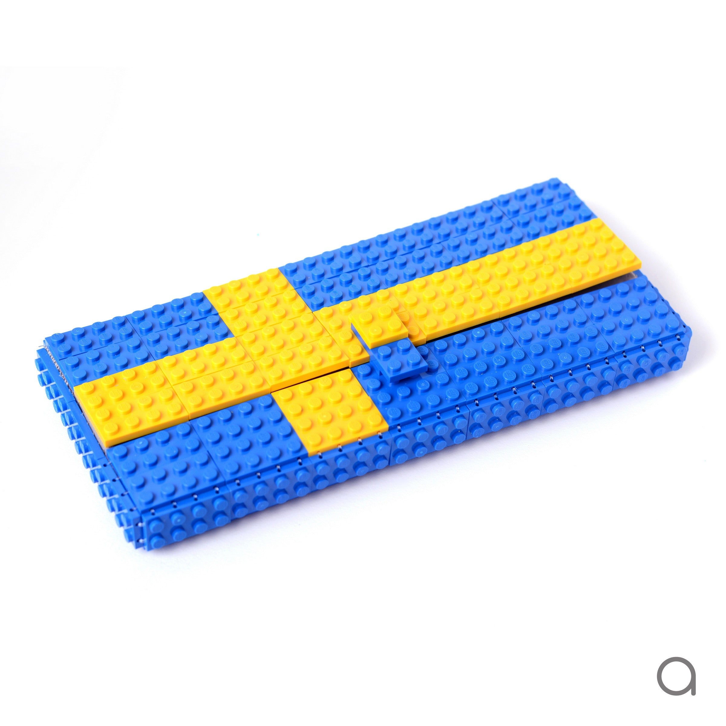 Swedish flag clutch