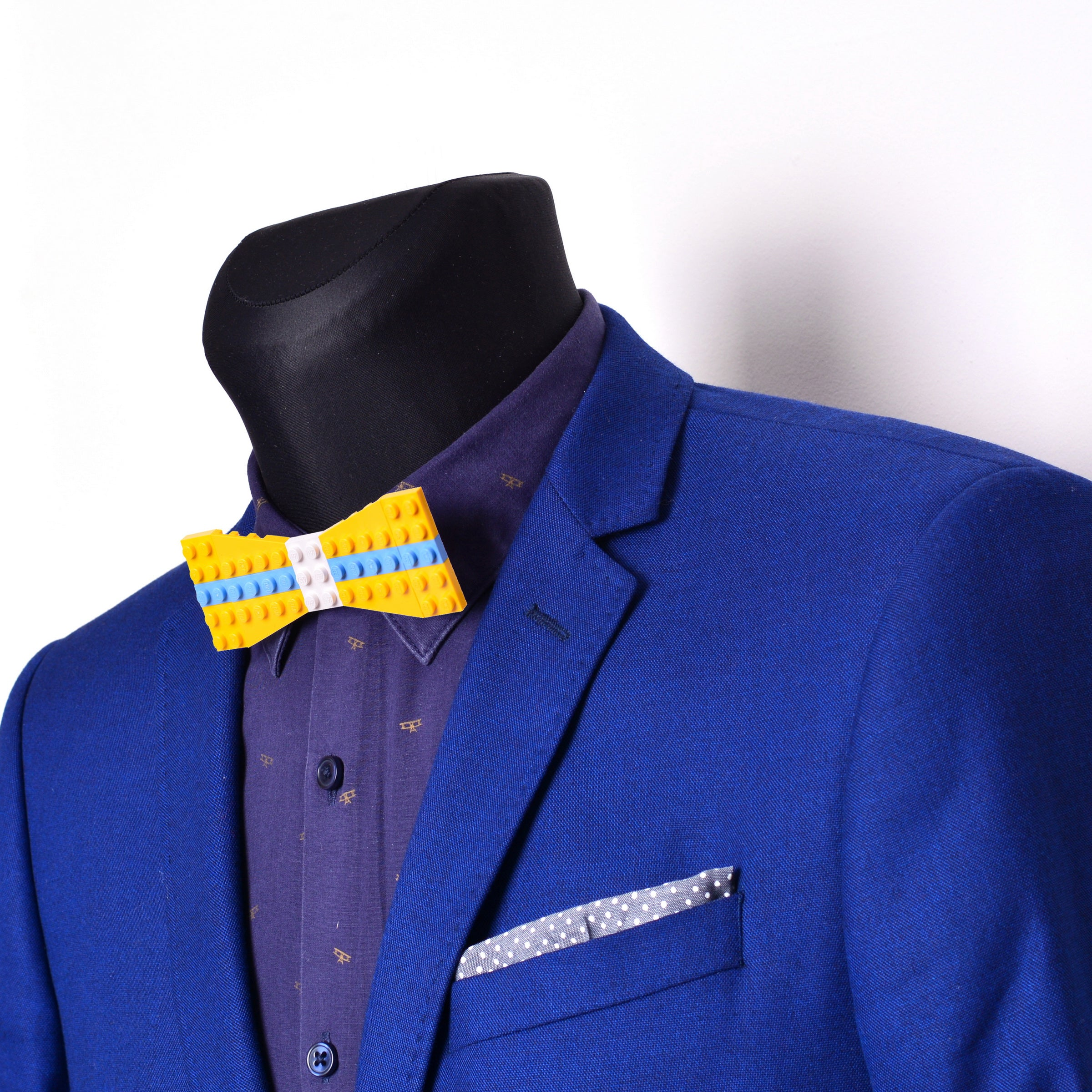 Yellow with white center and light blue stripes