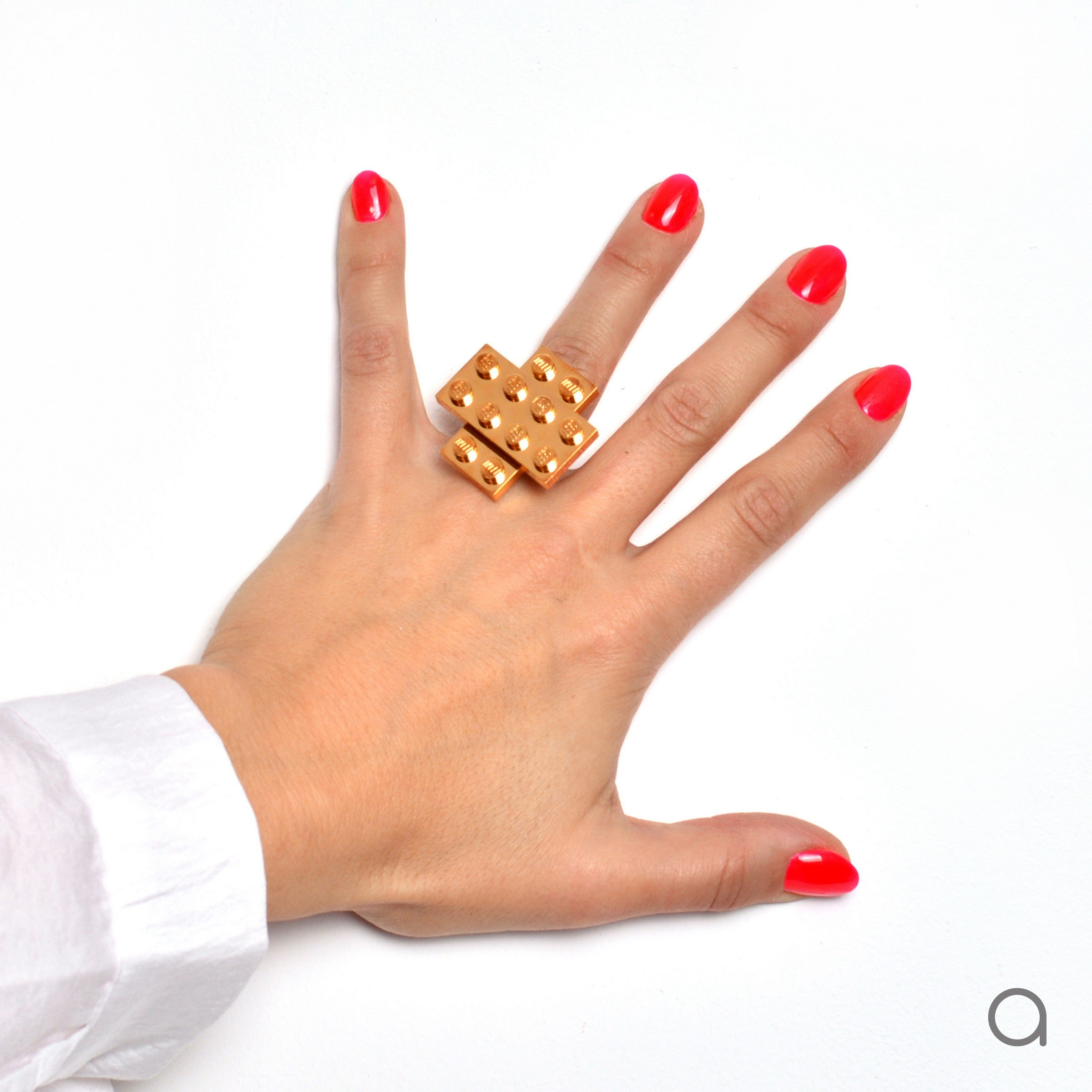 Goldplated cross ring