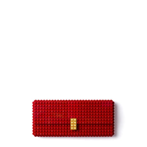 Dark red clutch with goldplated lock