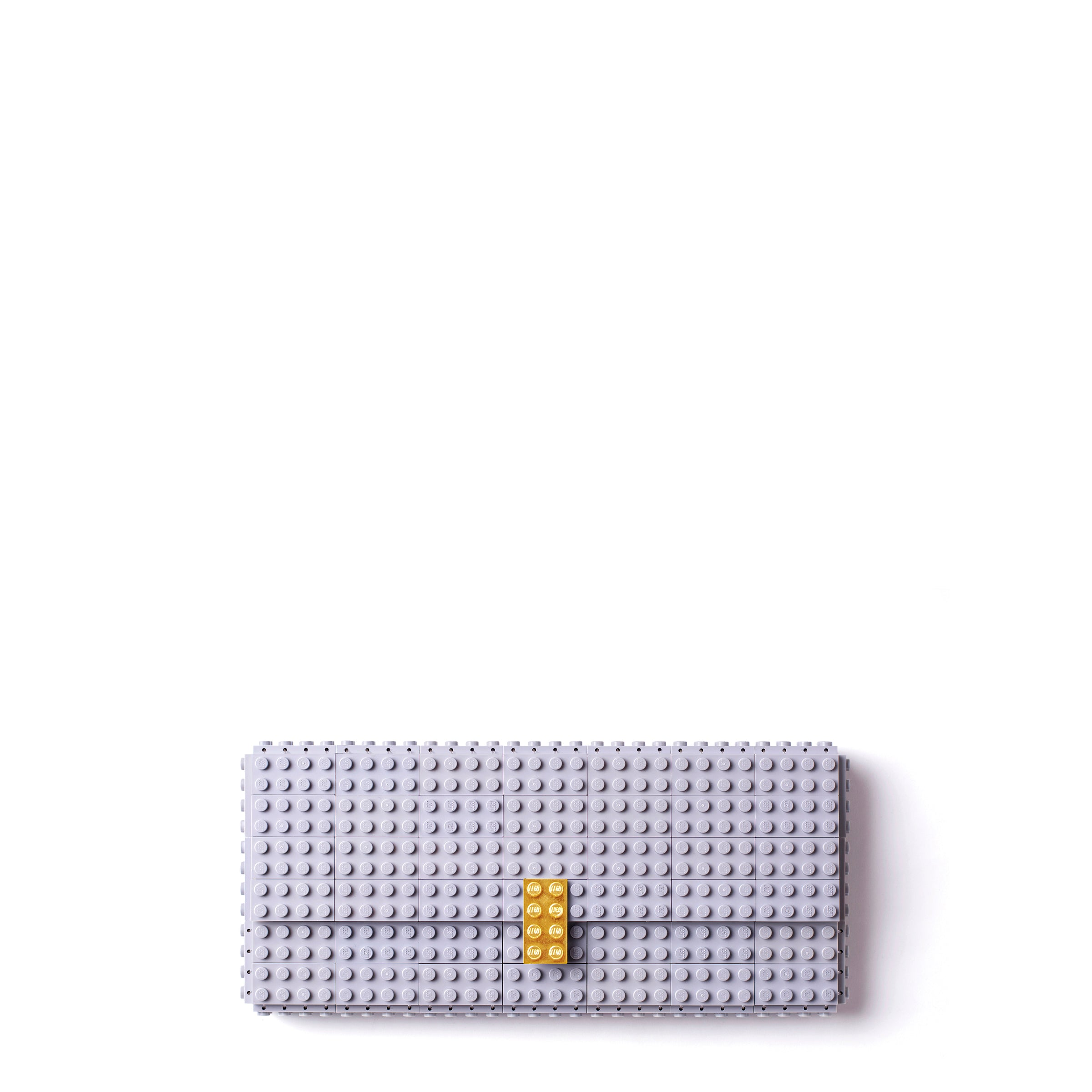 Light grey clutch with goldplated lock