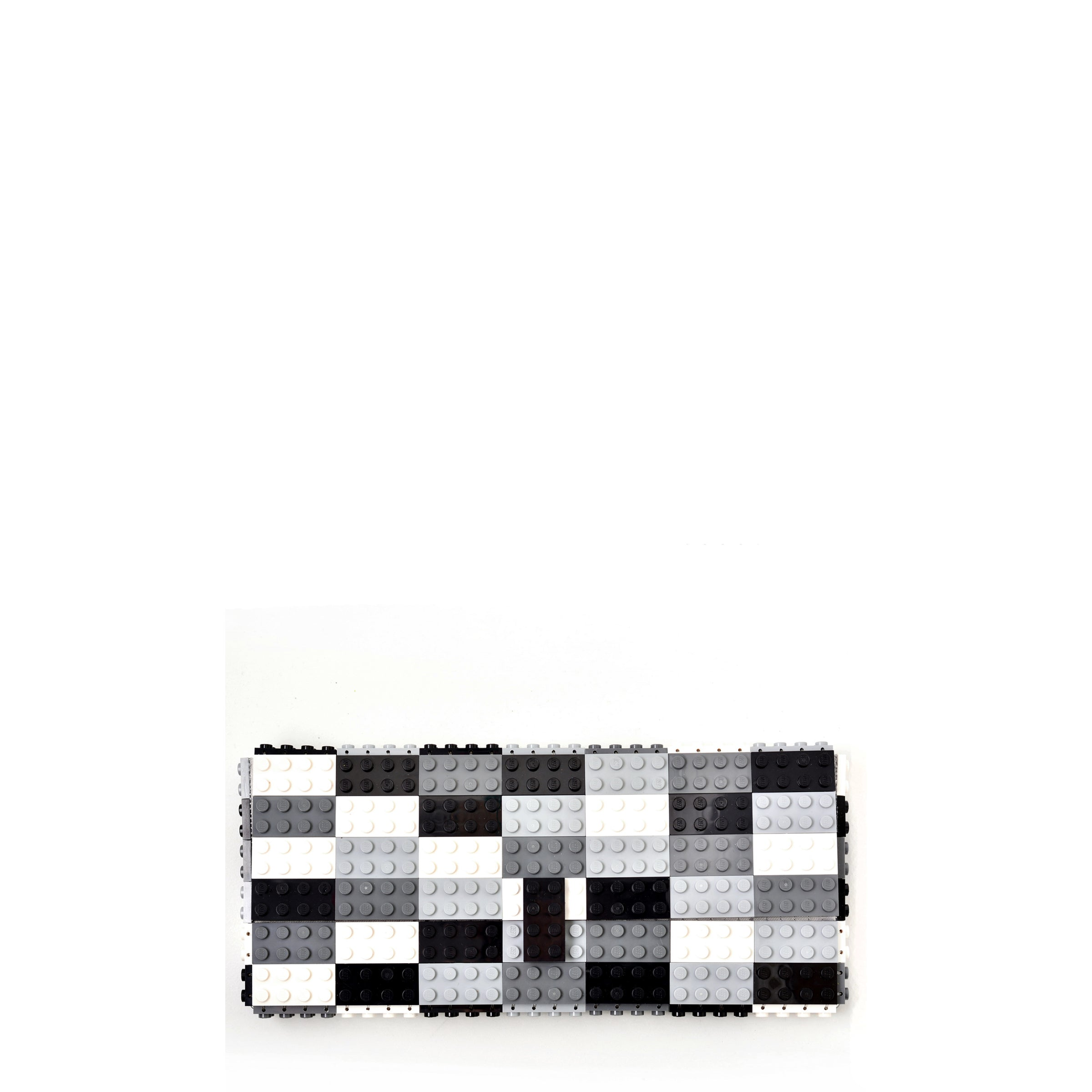 Multicolor monochrome clutch