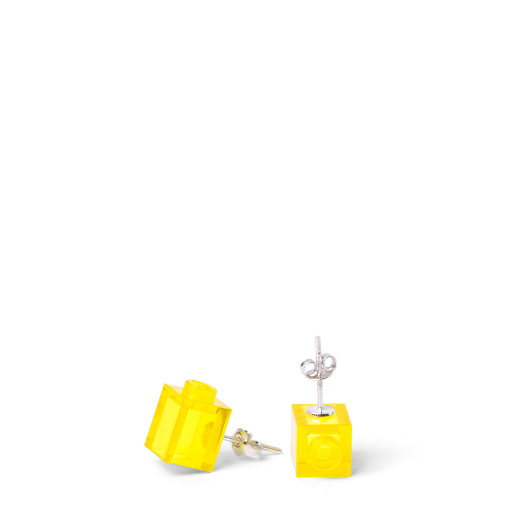 transparent yellow brick studs