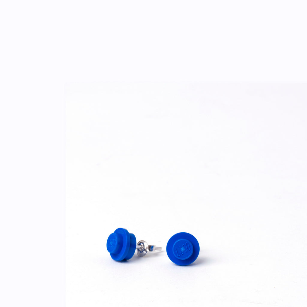 blue small round studs