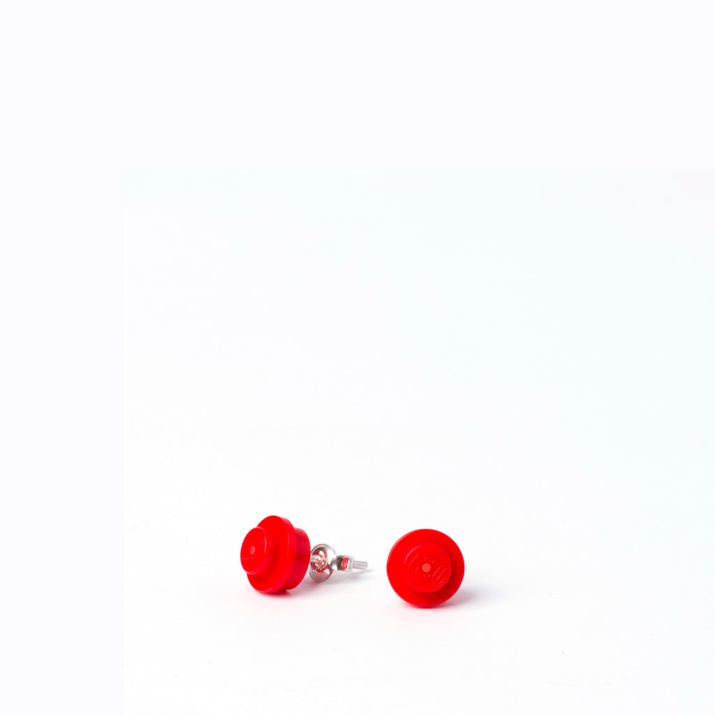 red small round studs