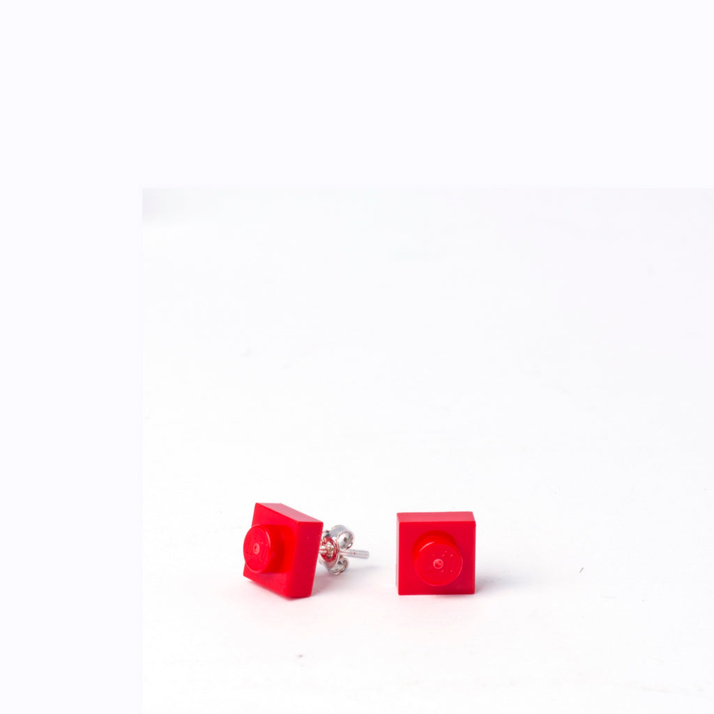 red small square studs