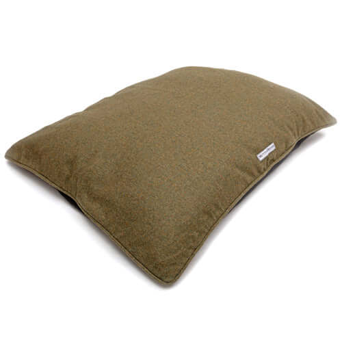 Forest Green Tweed Pillow Bed