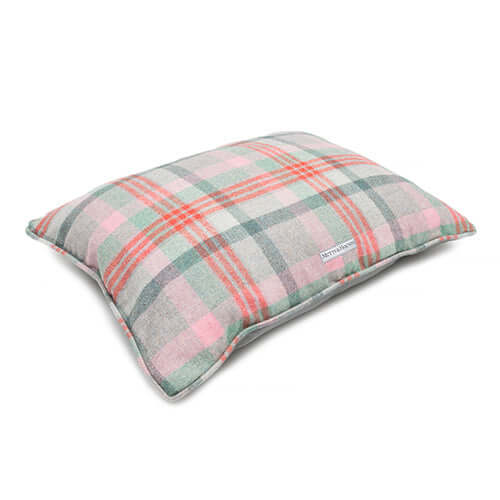 Macaroon Check Tweed Pillow Bed