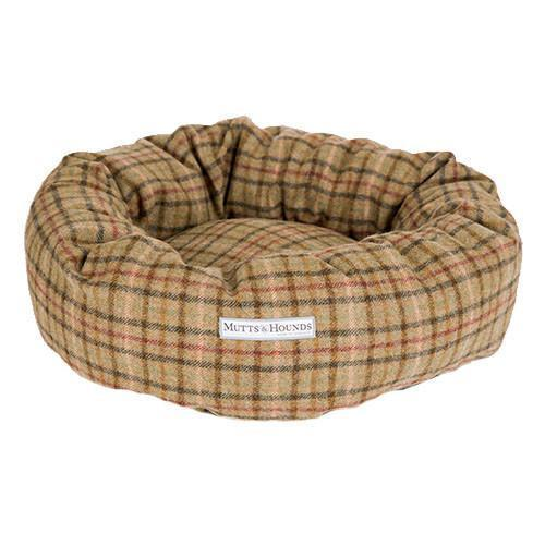 Mutts and Hounds Luxury Balmoral Check Tweed Donut Bed