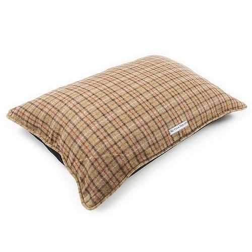 Mutts and Hounds Luxury Balmoral Tweed Pillow Dog Bed