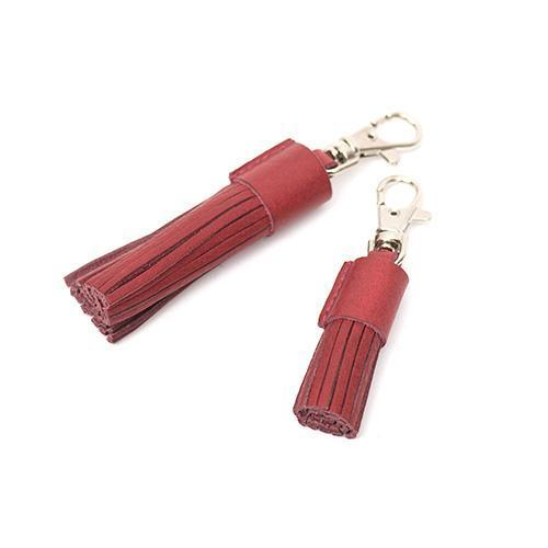 Mutts and Hounds Luxury Grape Leather Tassel Clip