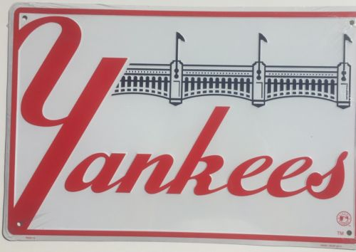 NEW YORK YANKEES  EMBOSSED METAL SIGN STADIUM PENANTS