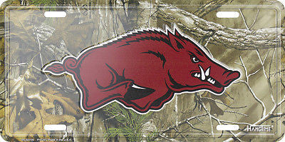 ARKANSAS RAZORBACKS LICENSE PLATE CAMO