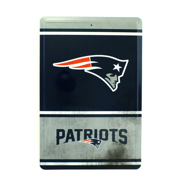 "NEW ENGLAND PATRIOTS TEAM TIN SIGN VINTAGE WOOD LOOK METAL 8""  X 12"" MAN CAVE FAN"
