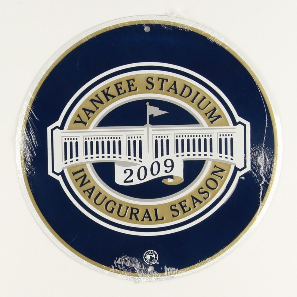 "NEW YORK YANKEES 2009 INAUGURAL SEASON 12"" ROUND METAL MAN CAVE SPORTS ROOM SIGN"
