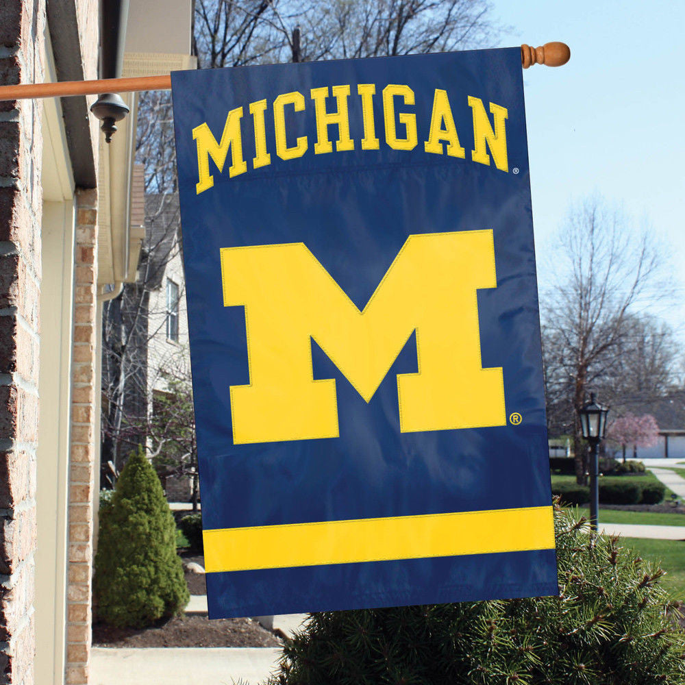 "MICHIGAN WOLVERINES APPLIQUE BANNER HOUSE FLAG INDOOR OUTDOOR 44""X28"" OVERSIZED"