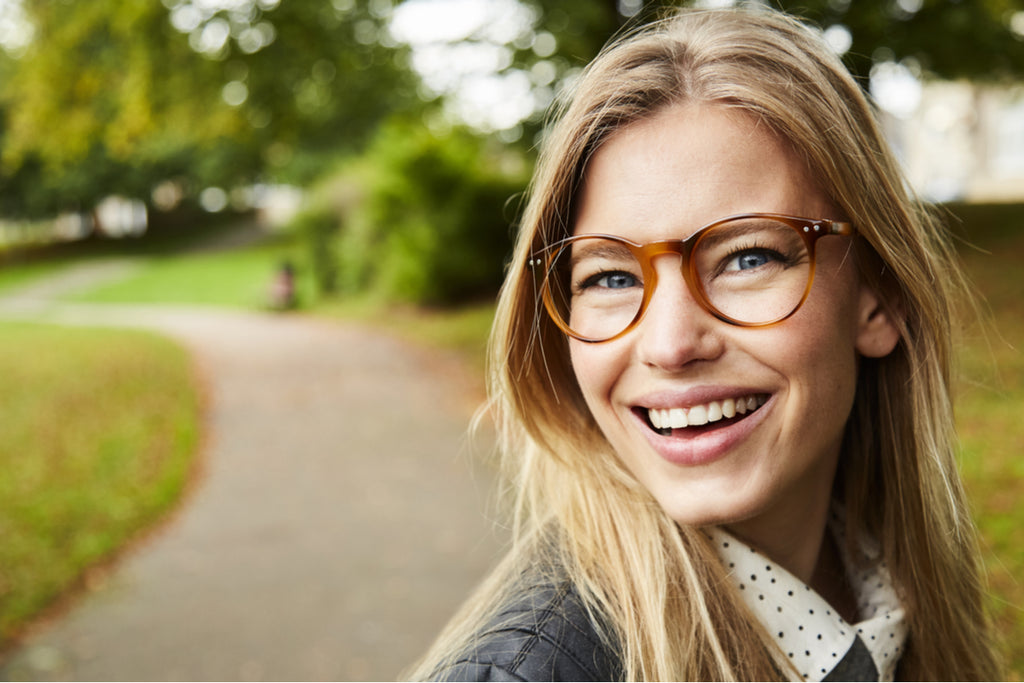 Common Sources of Discomfort Experienced by Eyeglass Wearers