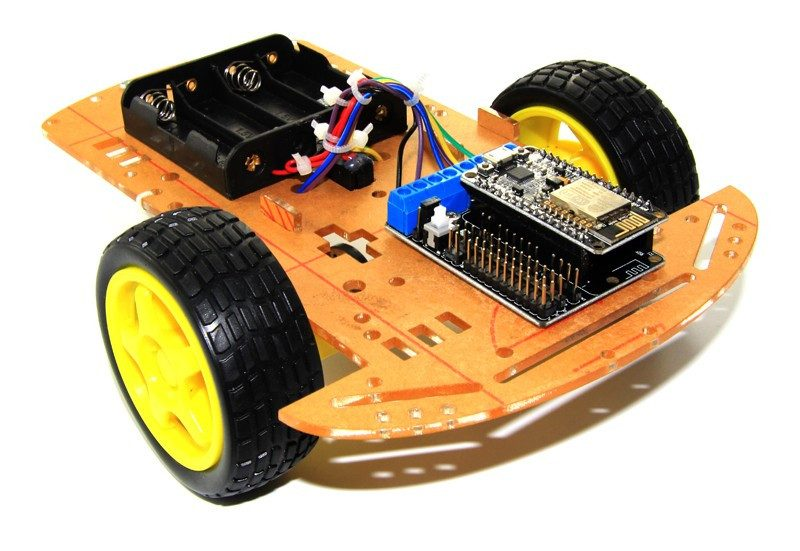 2WD L293D WiFi RC Smart Car with NodeMCU + Shield for ESP-12E based on ESP8266 mobile control
