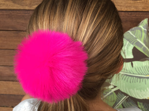 #Buddy Pom Pom Hairclips ☀️