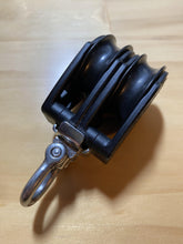 Load image into Gallery viewer, Harken 40mm Carbo Block Double Swivel - Kiwi Sailing