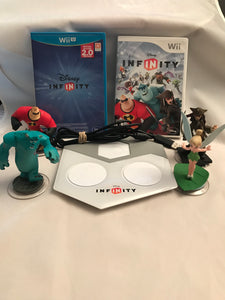 Wii and Wii U DISNEY INFINITY LOT 2.0 Portal and 4 Disney Characters - Clarissa Maxwell