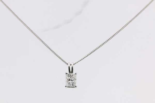 DIAMOND PENDANT 14K WHITE GOLD
