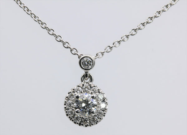 DIAMOND PENDANT HALO DESIGN 14K WHITE GOLD