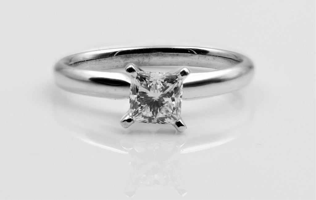DIAMOND RING PRINCESS CUT 14K WHITE GOLD