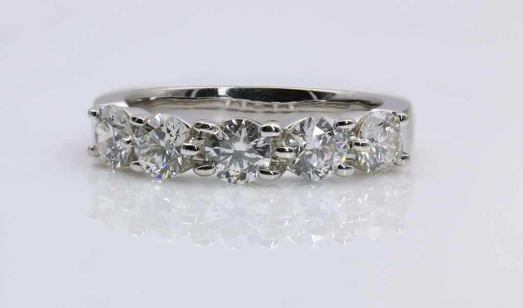 DIAMOND RING 18K WHITE GOLD