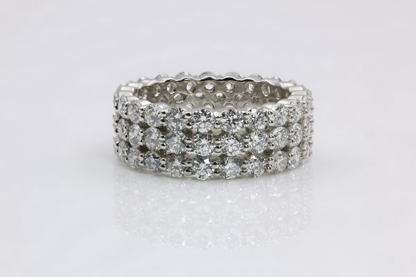 DIAMOND ETERNITY RING PLATINUM