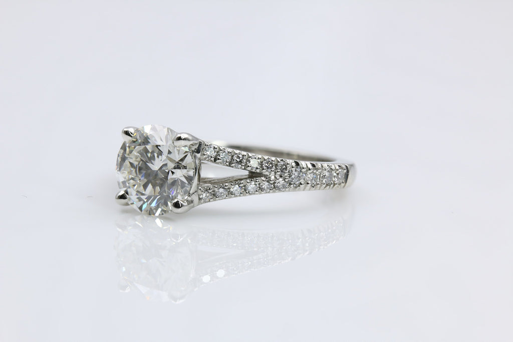 dublin platinum jewellers rocks brilliant lara rings diamond solitaire engagement cut in ring round
