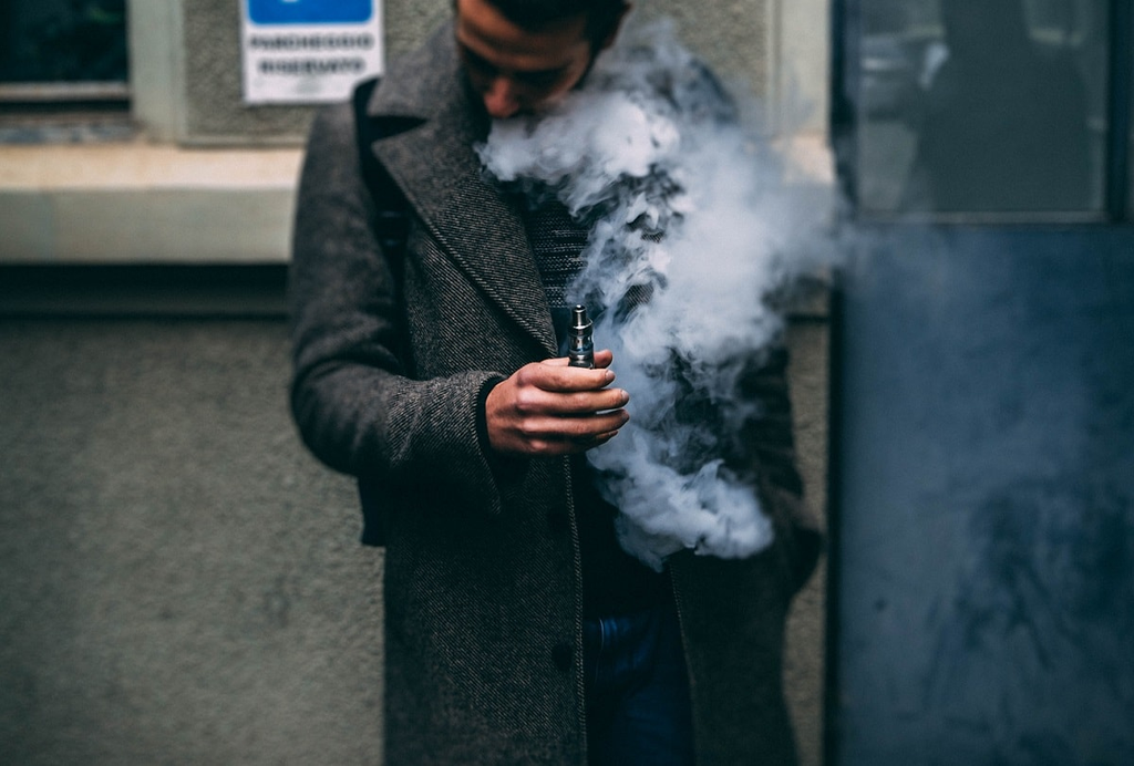 7 Tips on Choosing the Right Vaporizer for First-Time Buyers