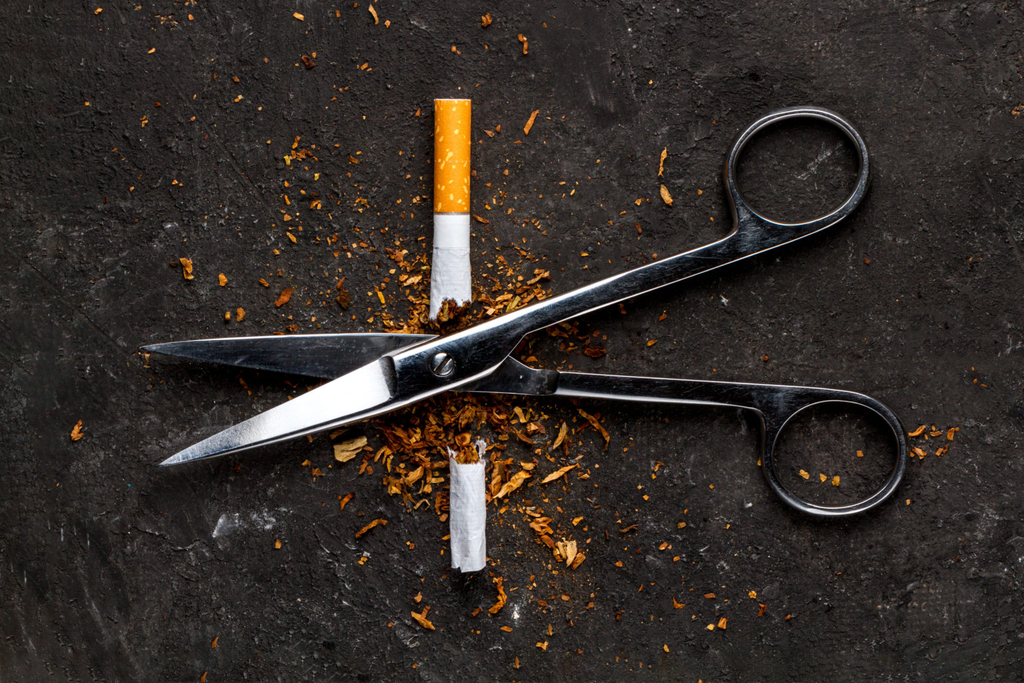Are Nicotine Replacement Therapies more Effective than Vaping?