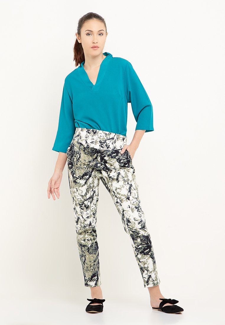 Cailee Printed Long Pants