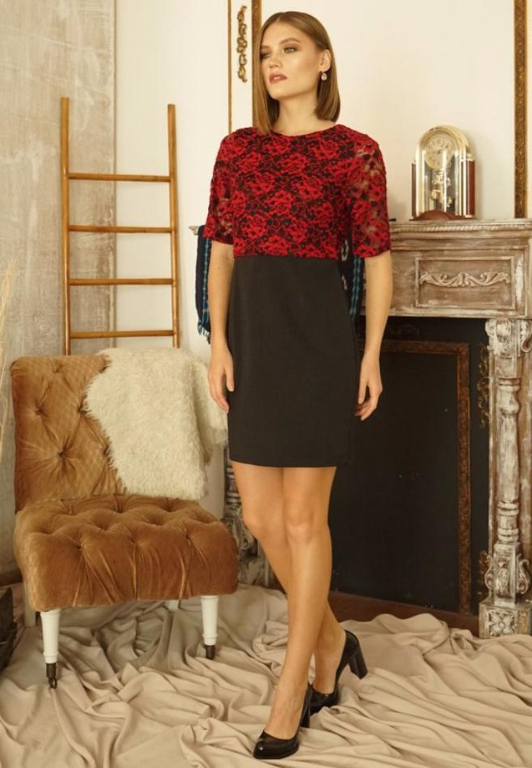 Sharon Lace Dress Red