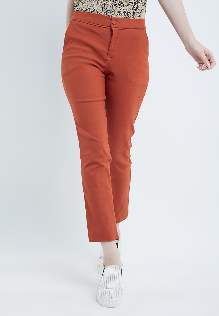 Adra Pencil Long Pants