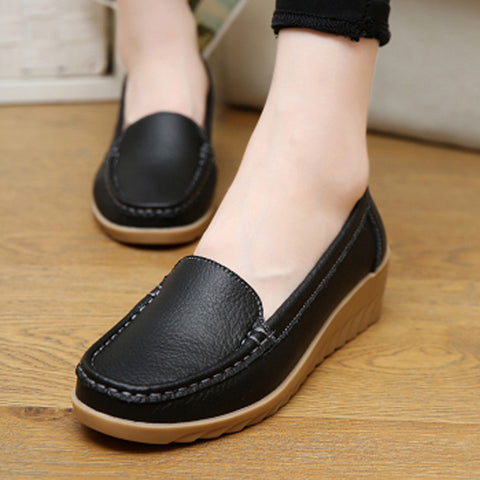 Casual large size leather flat nurse white non-slip work comfortable pregnant women shoes