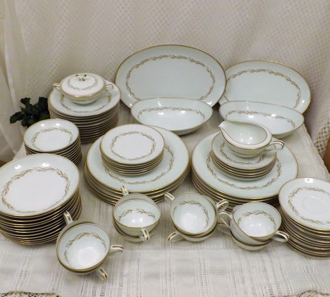 Noritake Japanese Fine China Service for 12 Laurel Pattern 90 Pieces - the-blackwolf-shop.myshopify.com