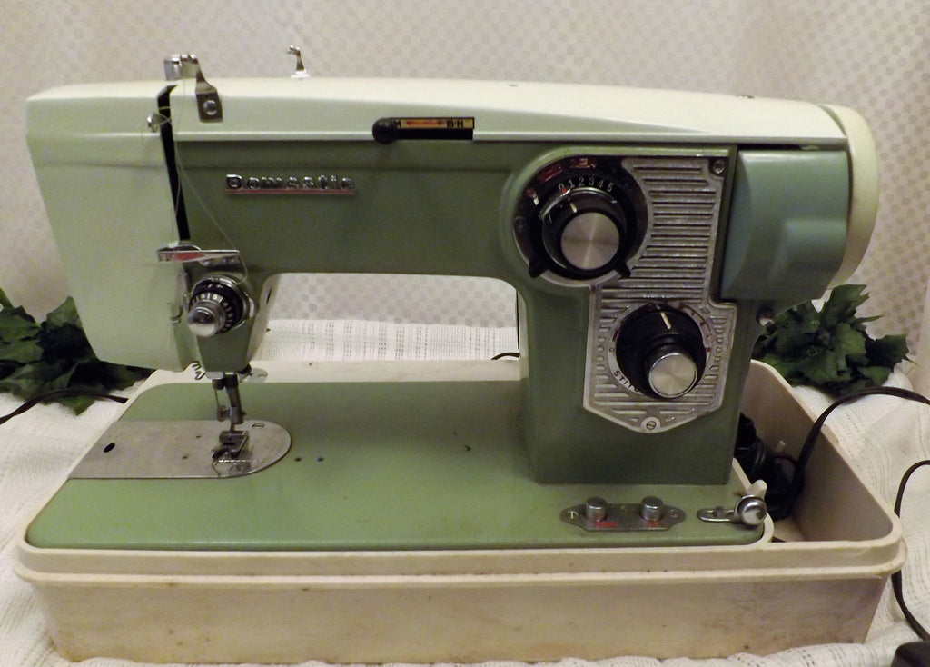 50's Vintage Domestic Sewing Machine Dressmaker / Industrial