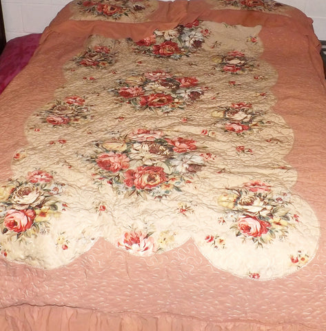 Vintage 40s Quilt Celanese Rayon Bedspread Full or Queen Size - The Blackwolf Shop Vintage Clothing for Men and Women, Antiques and Estate Jewerly
