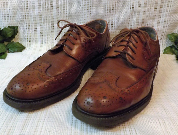 Vintage Bill Blass Mens Wing Tips Chestnut Brogue Shoes Size 11 M - The Blackwolf Shop Vintage Clothing for Men and Women, Antiques and Estate Jewerly