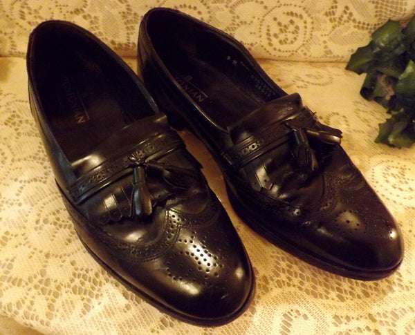 80s Bostonian Mens Black Leather Wing Tip Tassel Loafers  Size 9M - The Blackwolf Shop Vintage Clothing for Men and Women, Antiques and Estate Jewerly