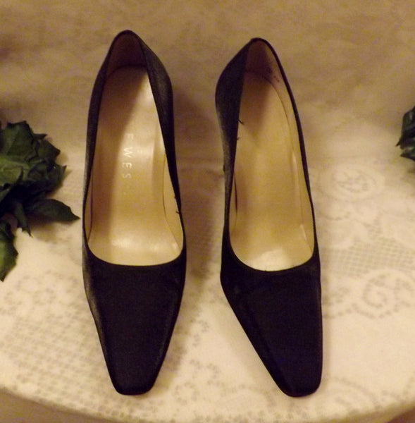 80s Nine West Black Satin Chunky High Heels Pumps Size 6 . 5 - The Blackwolf Shop Vintage Clothing for Men and Women, Antiques and Estate Jewerly
