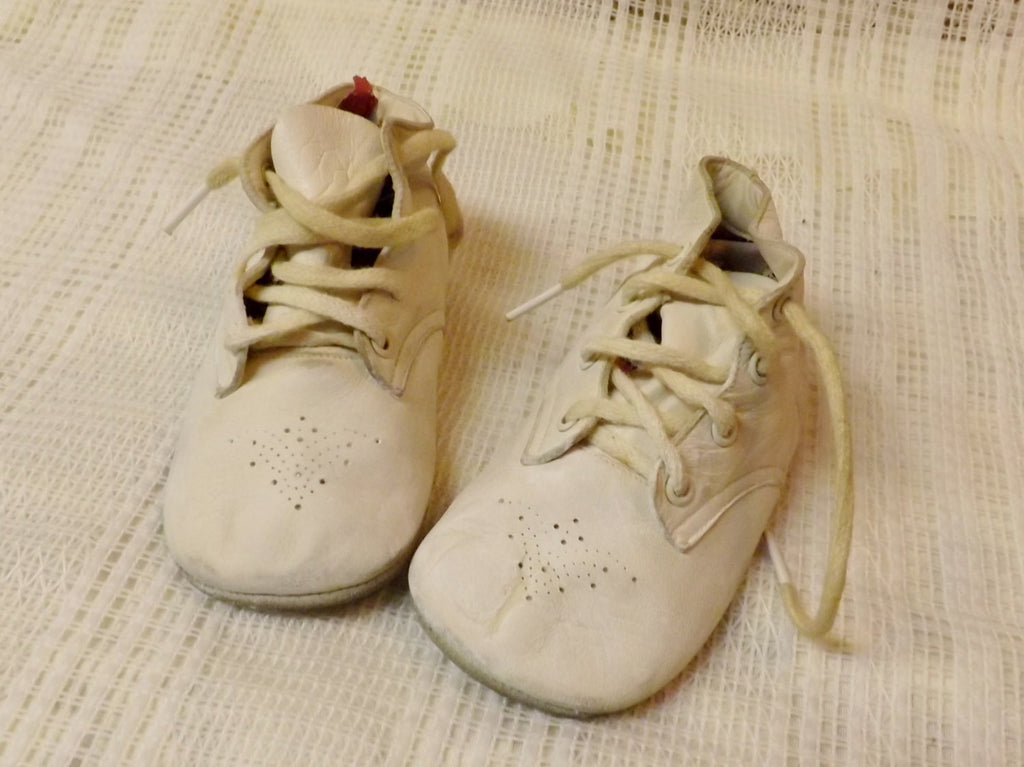 50s Mrs Day's Ideal Leather Baby Shoes  White Size Medium - The Blackwolf Shop Vintage Clothing for Men and Women, Antiques and Estate Jewerly