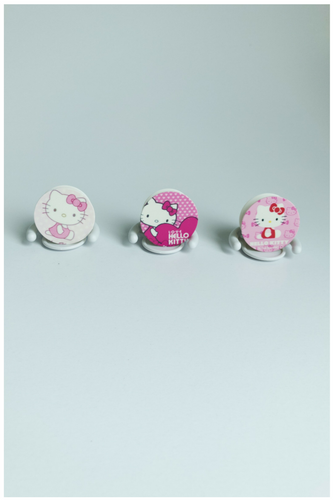 Hello Kitty Selfie Sockets
