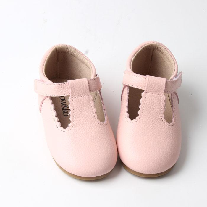 Willow & Ko - T-Bar Hard Sole Scalloped Edge - Baby Pink