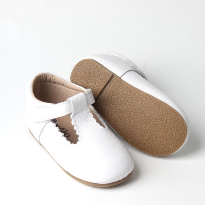 Willow & Ko - T-Bar Hard Sole Scalloped Edge - White